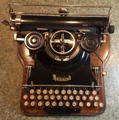 Hammond Multiplex Typewritter w/ Case, Instructions, Multiple fonts w/ box NICE!