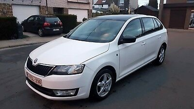 Skoda Rapid Spaceback 04/2014 1.6TDI 99171km Excellent Etat
