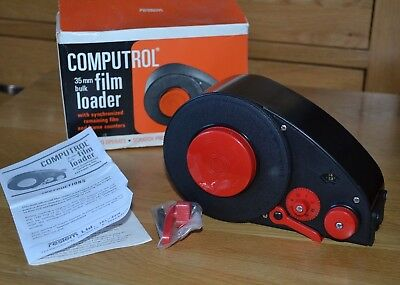 Vintage 35mm bulk film loader in new condition with original box + instructions