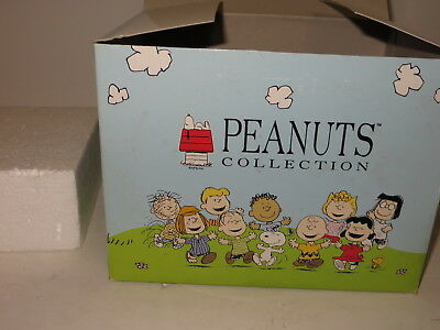 * Mib Westland Giftware Peanuts Collection Snoopy Love Makes The World Go *