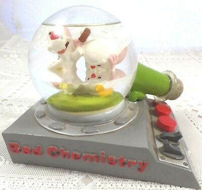 Pinky & the BRAIN Water Globe CHEM TEST Warner Brothers Looney Tunes wb '97