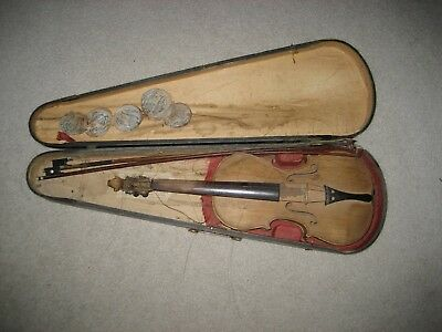 Antique Violin,2 Bows In GSB Case-Cherub,Graphic Design On Sides & Back-Restore