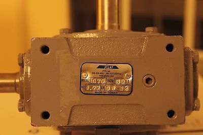 IPTS I070,   Series Worm Gear 30:1 Reducer,HP. 1.77  . S/N 08-16
