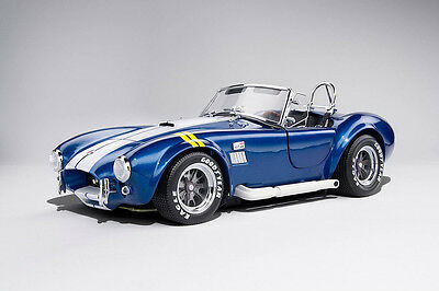 Kyosho Shelby Cobra 427 S/C Blue with yellow Stripes 1/18