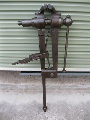 Heavy Duty Leg Vice 5 Inch     Jaws Stands 102 Cm High
