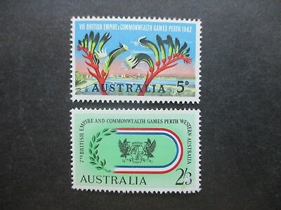 Australian Pre Decimal Stamps (Mint): Mix of Singles - Great Items! (A1429)