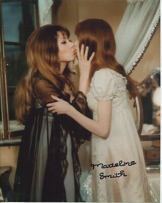 Madeline Smith Photo Signed In Person - The Vampire Lovers - B959