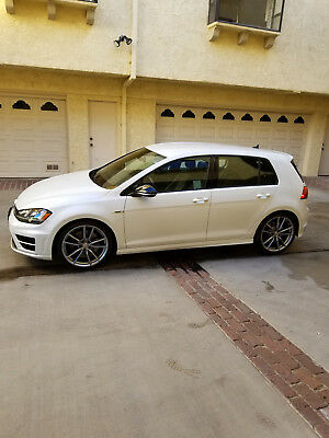 2017 Volkswagen Golf R Nav and DCC 2017 VW Golf R with Nav and Dcc - 6 speed manual