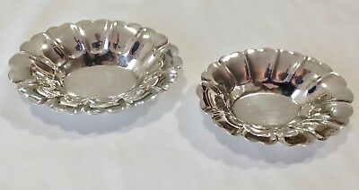 Vintage STERLING Silver Fluted nut / Candy Dishes Bowls Lipman Bros.