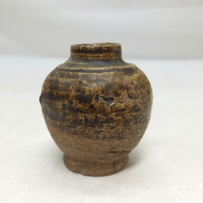 D946: Real old Southeast Asian pottery small vase of SUNKOROKU with good taste