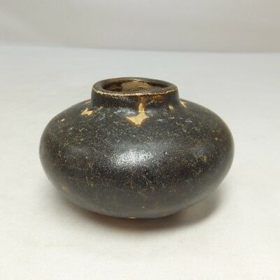 D949: Real old Southeast Asian black glazed pottery small vase of SUNKOROKU