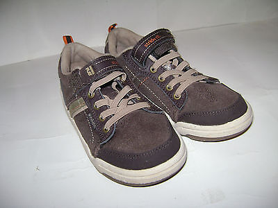 STRIDE RITE MADE 2 PLAY KALEB BOYS SHOES size 11.5 M BROWN LEATHER VERY CUTE