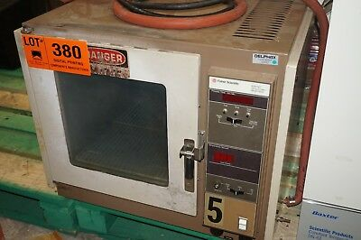 Fisher Scientific Isotemp Model 282A Vacuum Oven for drying & heating 1.5 cu. ft