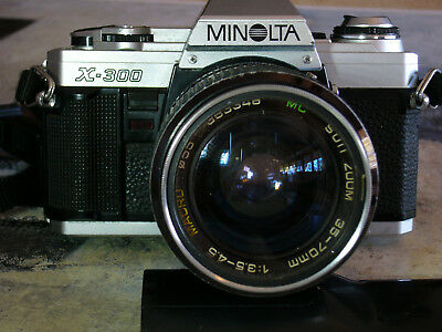 MINOLTA X-300 SLR Camera Kit With 2 Lenses, Flash and Bag. Made in Japan
