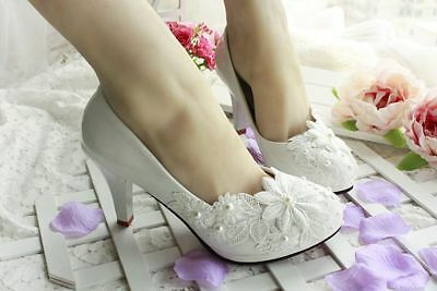 the women's spring and summer wedding shoes white lace pearl wedding shoes bride