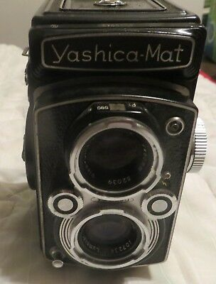 Yashica Mat Film Camera TLR 1:3.5 & 1:3.2 -- F=80MM ,COPAL-MXV