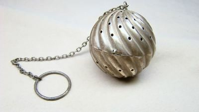 Vintage Sterling Tea Steeper Infuser Ribbed Silver Hinged Ball