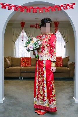 Traditional embroidered Chinese Wedding Dress / Gown / Qua