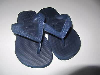 Genuine havaianas size 23 /24 or 18-24 months. Goes with everything