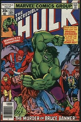 Incredible Hulk #227  Vs Original Avengers. Great Story Nm- 9.2 White Pages