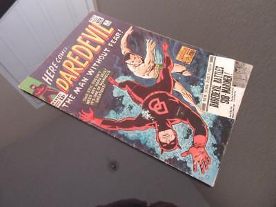Daredevil #7 MARVEL 1965 - D.D dons red costume for first time/ Sub-Mariner app!