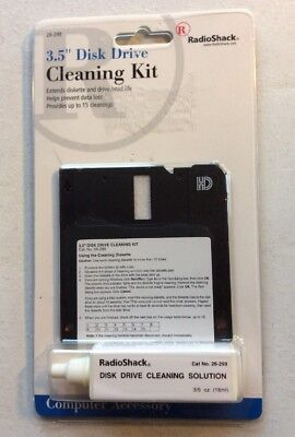 """Radio Shack  3.5"""" Disk Drive Cleaning Kit 26-299 New Old Stock"""