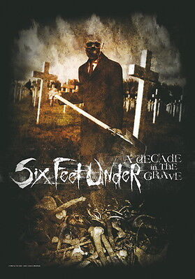 "Six Feet Under Flagge / Fahne ""decade Of The Grave"""