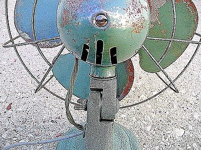 """ANTIQUE 1940s COOL SPOT 10"""" Oscillator FAN By SIGNAL Type No 562 Works 100% WSHP"""