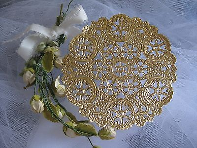 """vtg 6"""" INCH ROUND GOLD SNOWFLAKE LACE FOIL PAPER DOILY 5 PCS CRAFT CARDS shiny"""