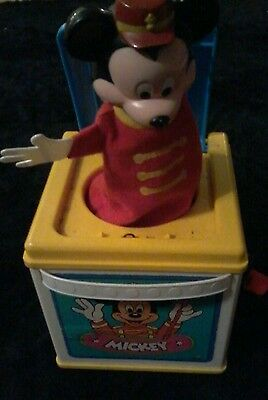 1987 Mattel Mickey Mouse  Jack-in-the -box Vtg Toy Wind Up Pops Out At You