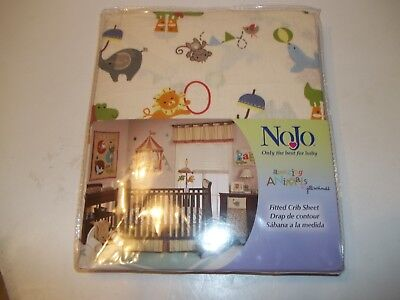 "NoJo Fitted Crib Sheet, ""Amazing Animals"" Design. NEW"