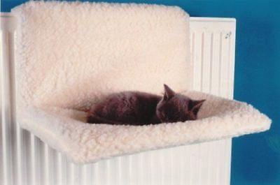 Cat Radiator Fleece Bed, Washable