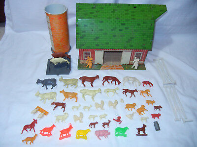 Vintage 50's MARX Sears Happy Time Farm Barn W/ Marx Farm Animals & More!!