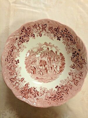 """J&G Meakin Romantic England Red Vegetable Serving Bowl 8 1/2"""" w/small chip"""