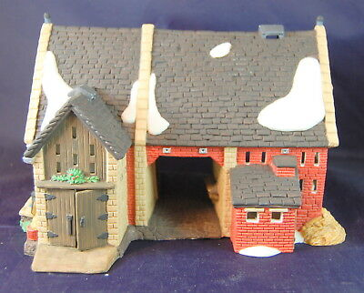 Department 56 Dickens Village Series Butter Tub Barn