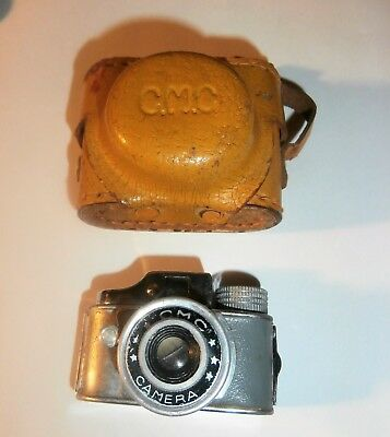 Vintage CMC Subminiature Mini Spy Camera w/Case Made in Japan