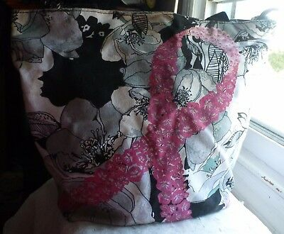 AVON Breast Cancer Zippered Floral Tote Bag NEW!!
