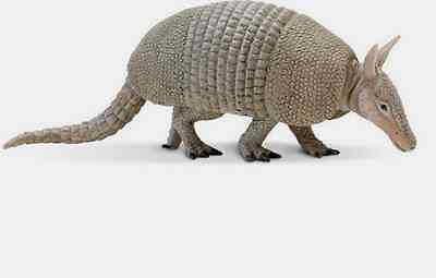 Armadillo Replica #262829 ~  FREE SHIP in USA w/ $25.+ SAFARI LTD Products