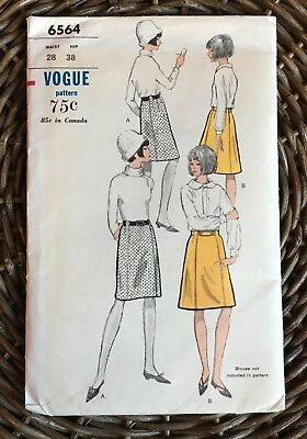 VTG 1960s Mod Seamed Knee Length Skirt Pattern 28/38/Vogue 6564