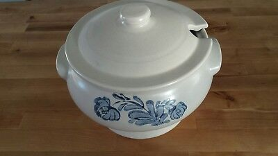 Vintage Pfaltzgraff Yorktowne Soup Tureen Gray and Blue Made in USA No Ladle