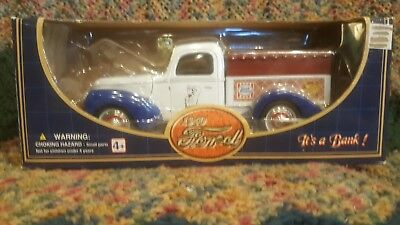 1/24 Scale Golden 1940 Ford Truck, Bank In Box.