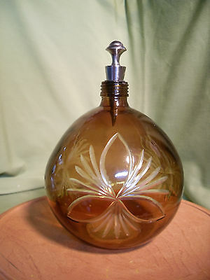 Round Etched Cut Glass Decanter Wine Bottle w/ Silvertone Stopper