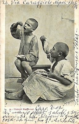POSTCARD  ETHNIC  ITALY  The  Spaghetti  Eaters