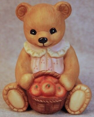 HOMCO PORCELAIN MOMMY TEDDY BEAR w/BASKET OF APPLES FIGURINE