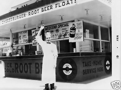 A&w 1961 Drive-In Root Beer Cheeseburger Gallon Take Home Bottle
