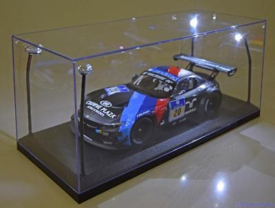 1:18 Triple 9 Vitrine with 4x LED Beleuchtung black