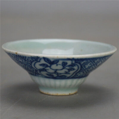 old chinese Ming dyn Wanli blue and white porcelain Kungfu tea cup tea bowl