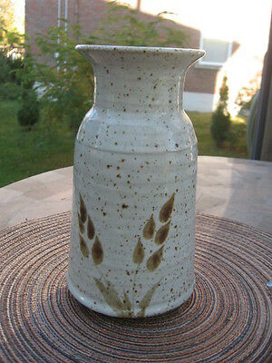 """ART DECO POTTERY VASE MADE IN CANADA 8"""" in tall"""
