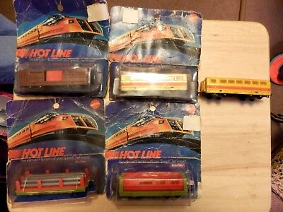 5 Vintage 1970 Mattel Hotline Freight Cars -  4 Are Still New In Package