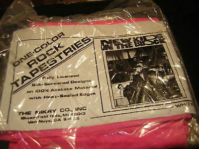 New Kids On The Block Tapestry   Hot  Pink Sealed Original 1989 Full Band